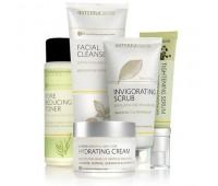 Комплект с увлажняющим кремом, 5 продуктов - Essential Skin Care System With Hydrating Cream